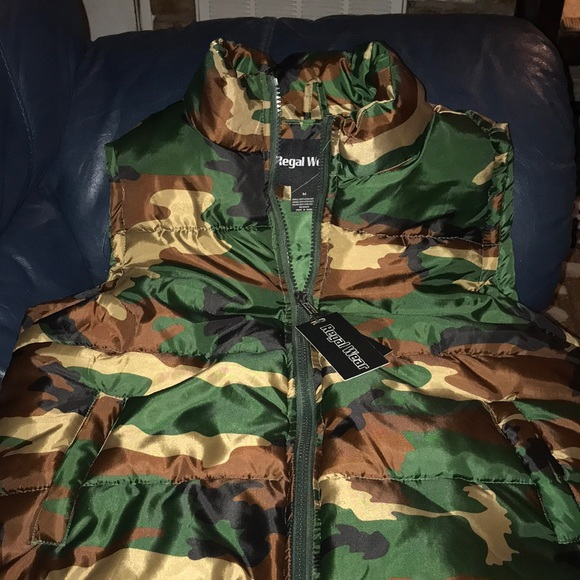 NWT quilted camouflage vest NWT